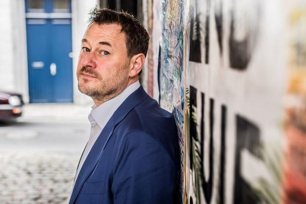 Bart De Pauw regisseert mee nieuw sketchprogramma voor Vier