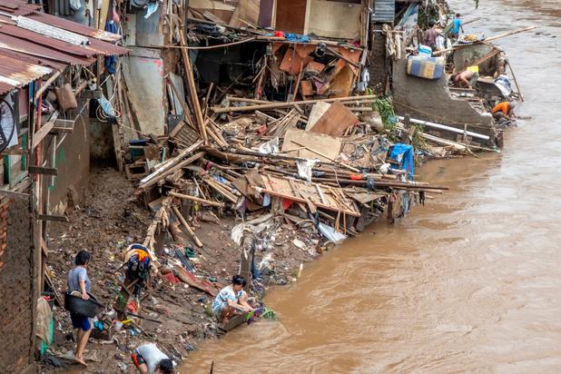 L'Indonésie modifie les conditions météorologiques pour arrêter les inondations