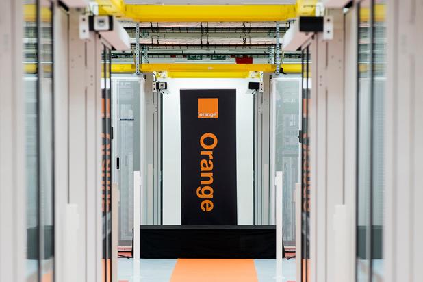 """Orange veut en finir avec les offres où les clients paient pour des services """"inutiles"""""""
