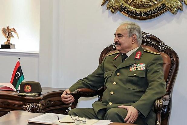 Wat is er aan de hand in Libië? 'Aanval op Tripoli kan game changer worden, ook voor Europa'