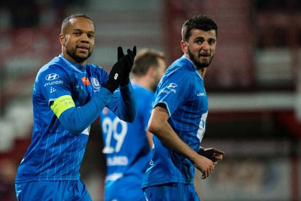 AA Gent pakt derde plaats met 0-2 zege in Kortrijk