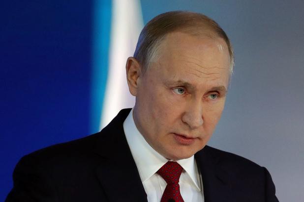Menace d'une amende russe pour Twitter et Facebook