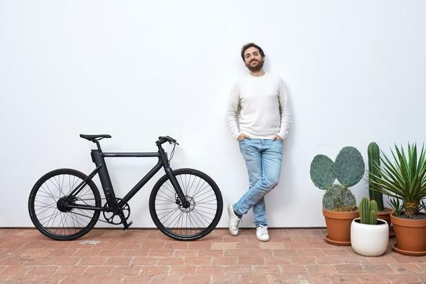 De e-fietsstart-up Cowboy plaatst demarrage naar het buitenland