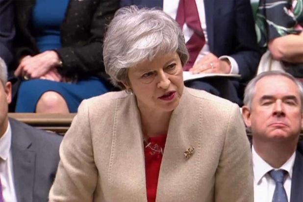 """Brexit : l'UE s'interroge sur la durée d'un nouveau report, May veut partir """"le plus tôt possible"""""""