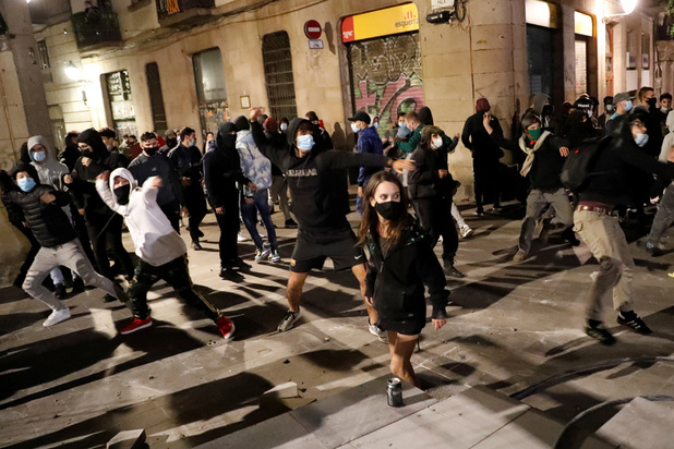 Tandis que l'Europe se reconfine, un vent de révolte plane dans l'air