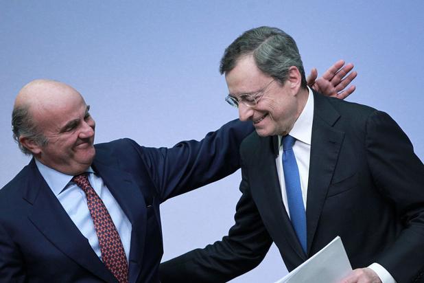 Mario Draghi neemt afscheid met somber beeld van de economie