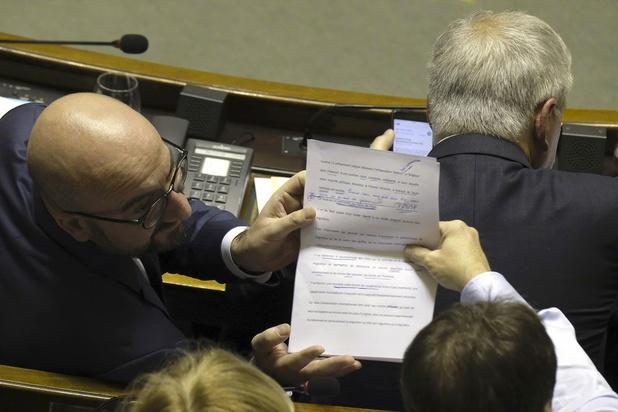 Regering-Michel laat een rist openstaande facturen na