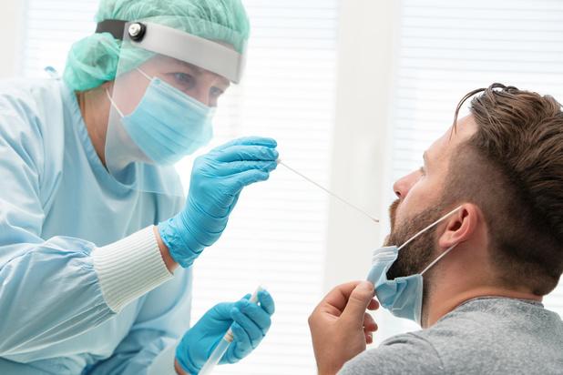 Covid en Belgique: infections et hospitalisations en baisse