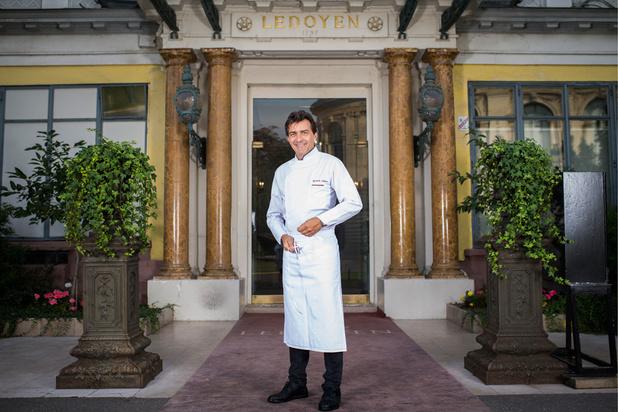 """Haute gastronomie post-Covid: Yannick Alléno, chef multi-étoilé, veut """"tout changer"""""""