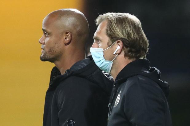 Assistent Jonas De Roeck verlaat Anderlecht na play-offs