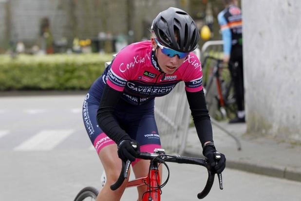 Ex-triatlete Anse Debaere tevreden over haar wielerdebuut