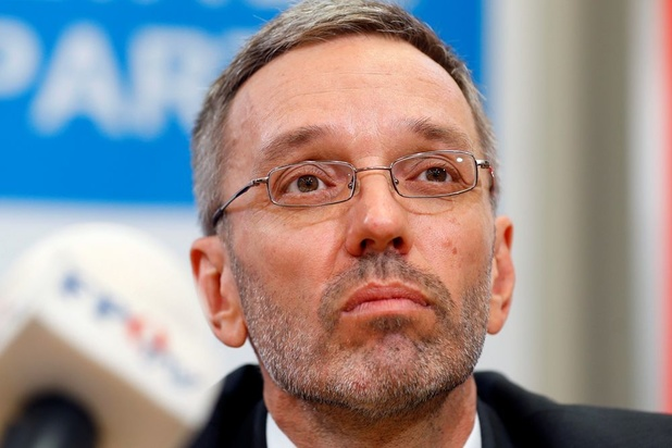Politieke crisis Oostenrijk: FPÖ kondigt vertrek van alle ministers aan na ontslag Kickl