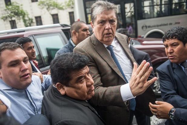 Ex-president Peru pleegt zelfdoding na arrestatie wegens corruptie