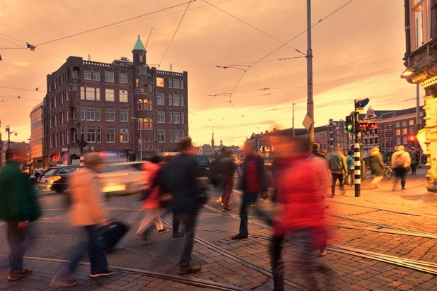 Amsterdam maakt parkeren flink duurder