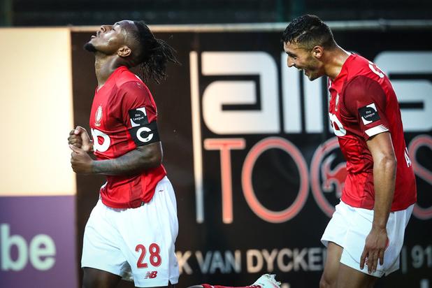 Mené au score, le Standard s'impose 1-2 à Waasland-Beveren et rejoint les leaders