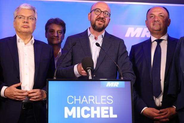 Ni le Vlaams Belang, ni le PTB n'ont vocation à être dans une majorité, selon Michel