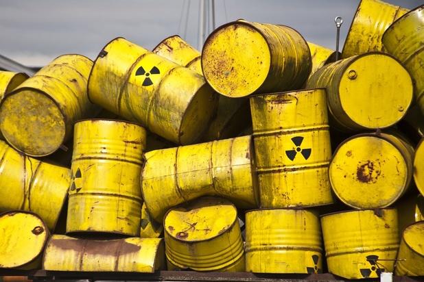 """Stockage de déchets radioactifs à Dinant: """"un timing exécrable"""""""