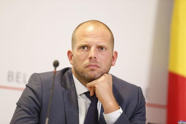 Francken pleit voor taskforce veilige terugkeer