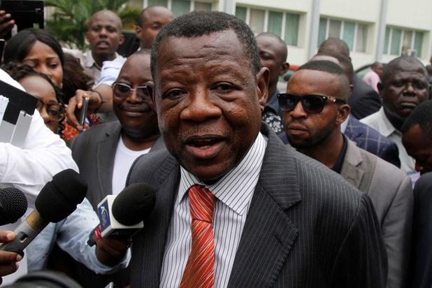 """RDC: battu, l'ex-porte-voix de Kabila dénonce la """"corruption"""" dans sa famille politique"""