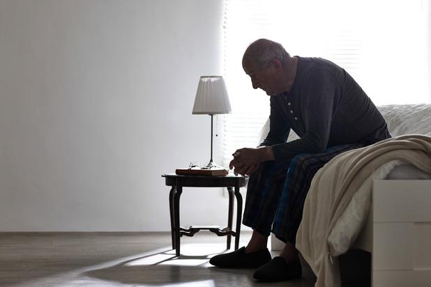 'Als je serieuze psychische klachten krijgt, kan je maar beter geen 65 zijn of ouder'
