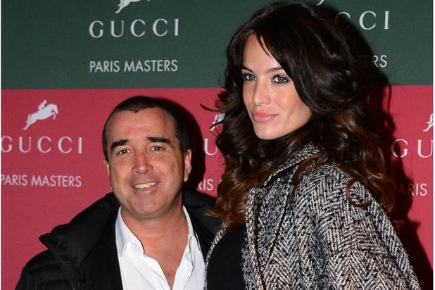 """Jade Foret, épouse d'Arnaud Lagardère, annonce son """"célibat"""" puis dément"""