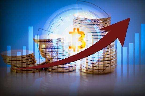 Le bitcoin passe au-dessus des 7.000 dollars
