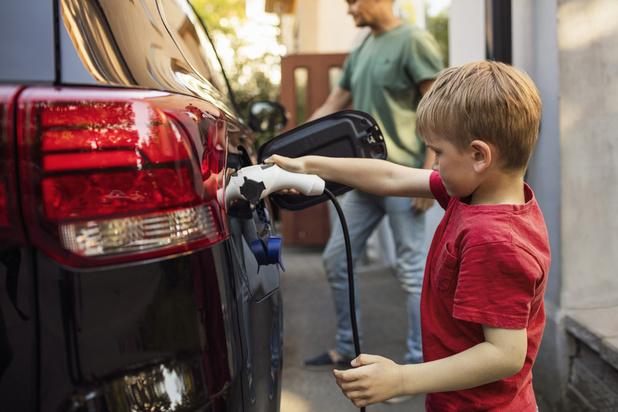 L'intérêt des particuliers pour la voiture électrique reste très limité