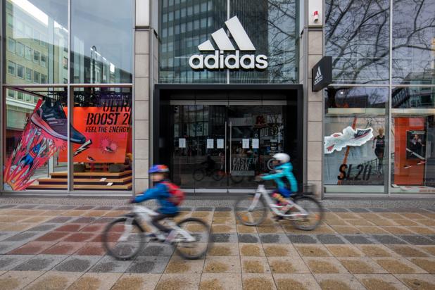 Perte de 95% de bénéfice net pour Adidas