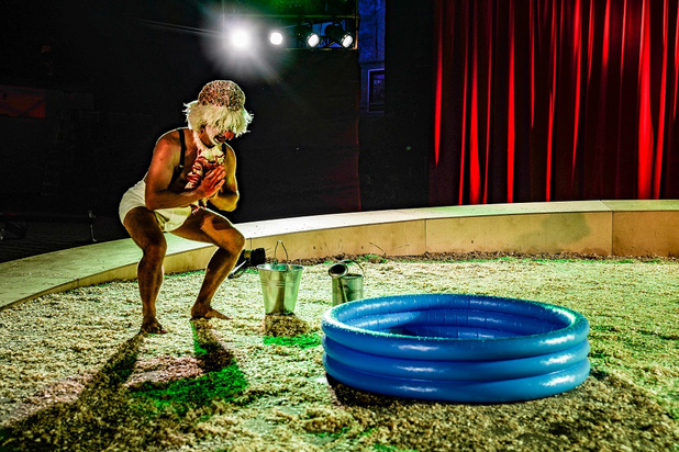 Wunderbaum clownt erop los in 'The Clowns Convention' op Theater aan Zee