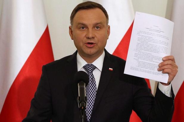 Le président conservateur Duda réélu en Pologne
