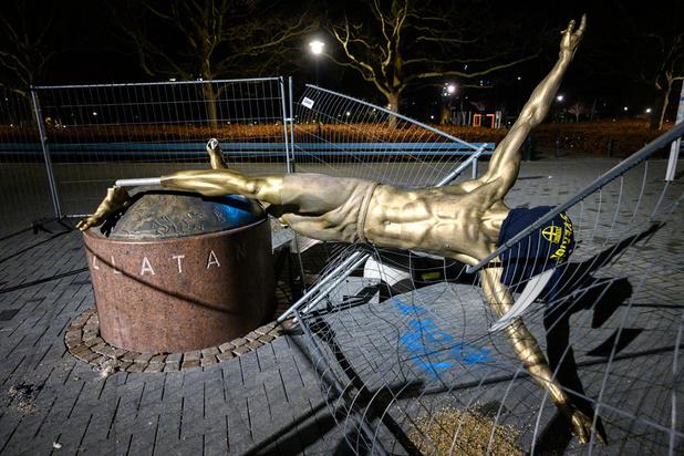 La statue d'Ibrahimovic déboulonnée en Suède