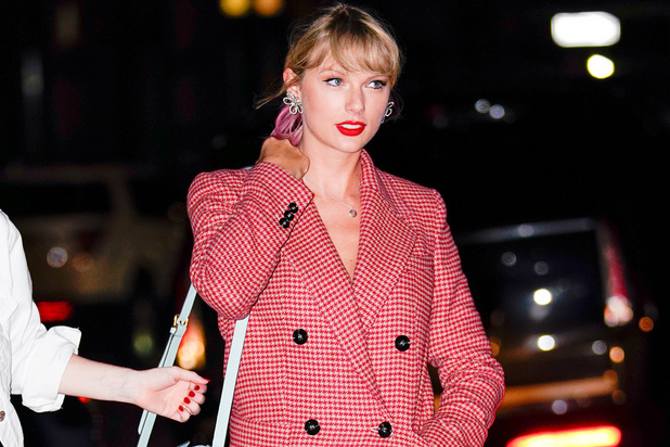 Taylor Swift rembarre un journaliste pour cause de question sexiste