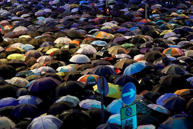 Hong Kong: début d'un week-end de protestation