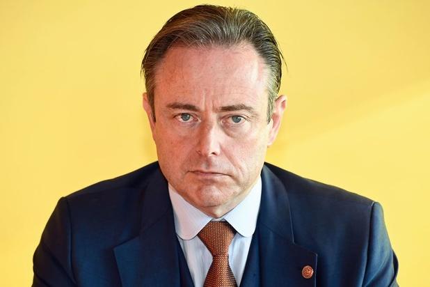 'Gaat zondag het levenswerk van Bart De Wever teloor?'