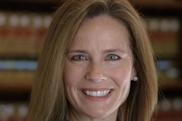 Cour suprême: Trump devrait nommer Amy Coney Barrett