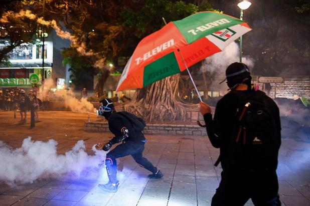 Onrust Hongkong: Peking ziet 'tekenen van terrorisme'