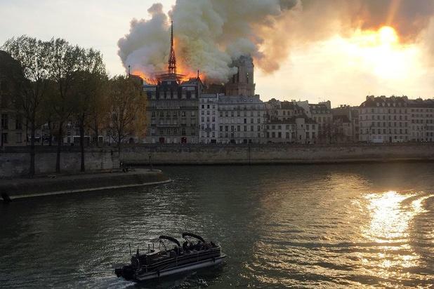 'Het dilemma van de restauratie van de Notre-Dame: repareren of renoveren?'