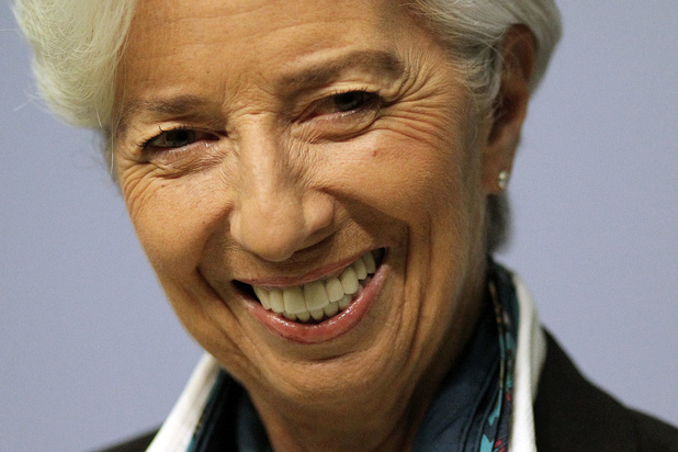 """BCE: Lagarde imprime son """"style"""", entre faucon et colombe"""