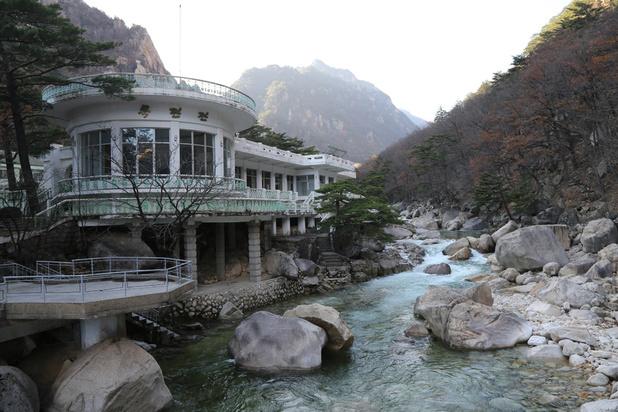 La Corée du Nord veut réaménager le complexe touristique emblématique du Mont Kumgang