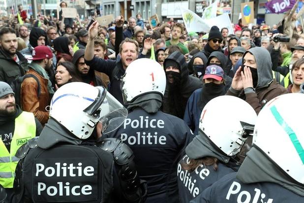 Anuna De Wever: 'Distantiëren ons volledig van de relschoppers'