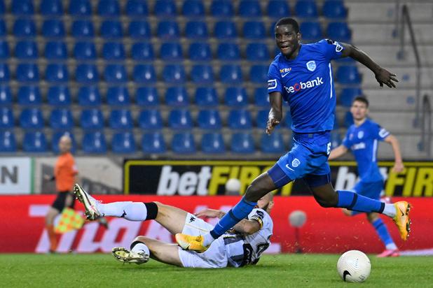 Charleroi s'incline à Genk et cède la première place au Club Bruges