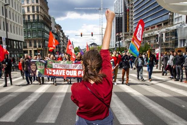 60 activistes mobilisés pour la grande manifestation de 60 heures pour le climat à Bruxelles