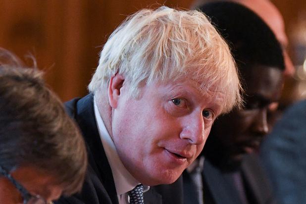"""Marc Roche (essayiste et journaliste): """"Pour Johnson, l'aspect économique du Brexit est devenu très secondaire"""""""