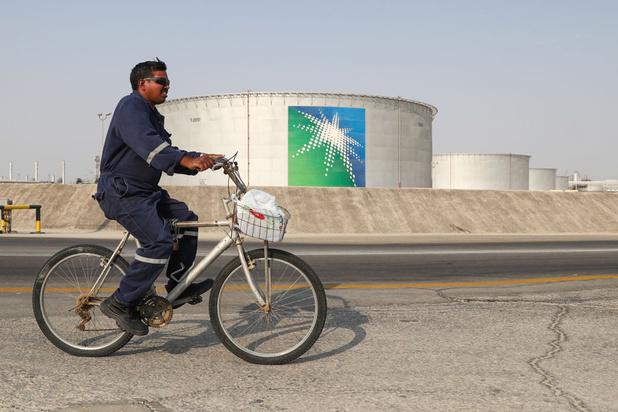 Les Saoudiens enthousiastes à l'idée d'investir dans Aramco