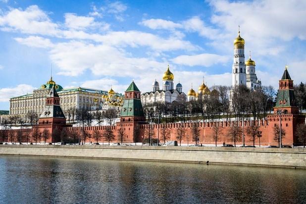 La Russie pose un ultimatum à Twitter et Facebook
