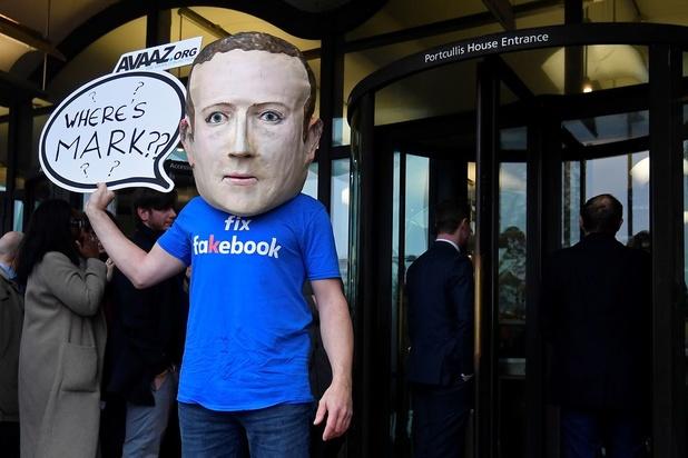 Europese partijvoorzitters klagen bij Zuckerberg over politieke advertentieregels Facebook