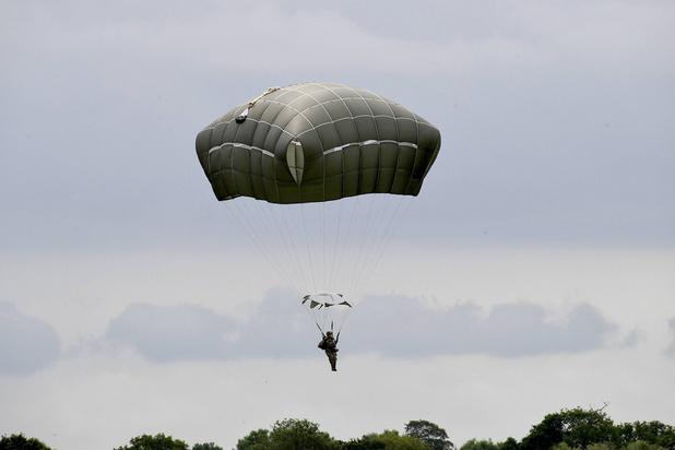 1.400 parachutistes, dont 60 Belges, ont sauté au-dessus de Sainte-Mère-Eglise