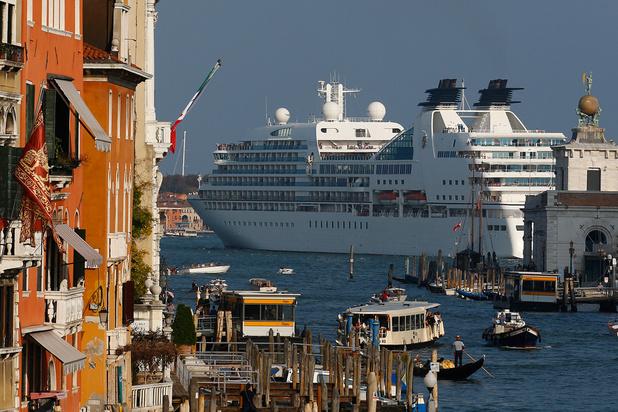 Venise: les paquebots de croisière bannis du centre historique