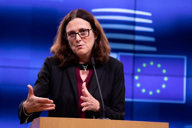 L'UE menace Washington de représailles après l'entrée en vigueur des sanctions douanières