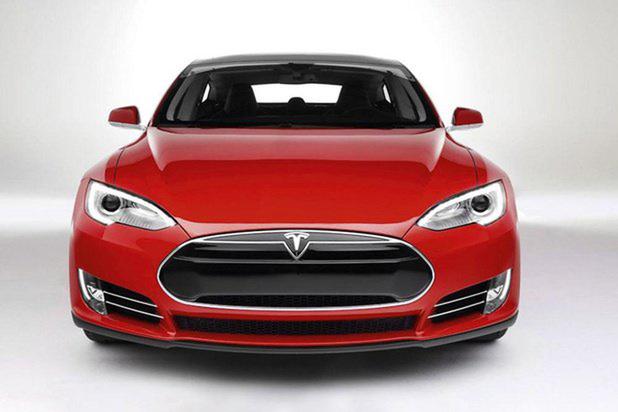 Tesla accusée de violation de brevets par Sharp